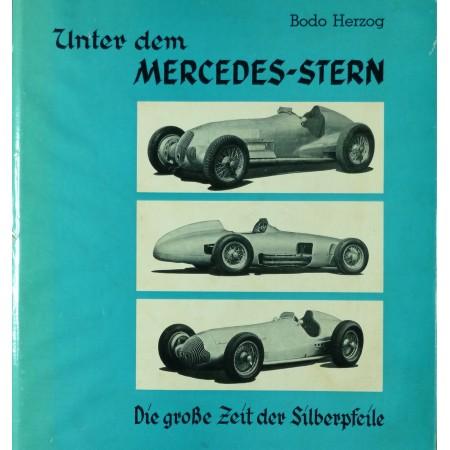 Unter dem Mercedes-Stern