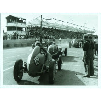 Photo Grand Prix d'Albi 1946 Maserati - Jean DIEUZAIDE